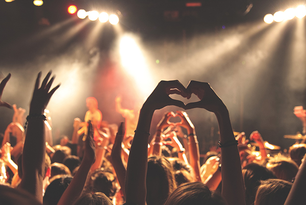 crowd-at-concert